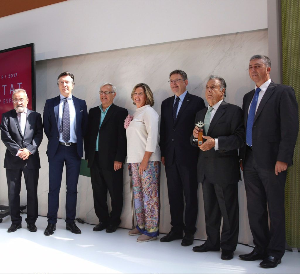 The Mariner family has received the commemorative award from the President of the Valencian Generalitat, Ximo Puig.